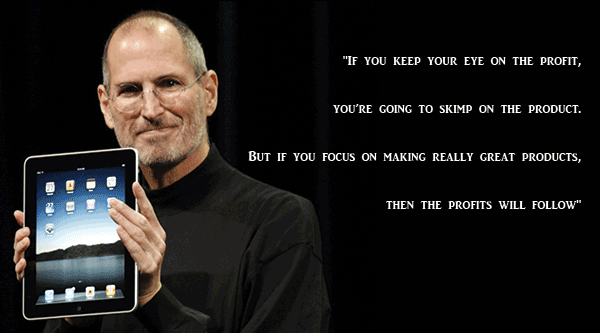 25-Most-Memorable-Quotes-from-Steve-Jobs---Founder-of-Apple-holding-ipad