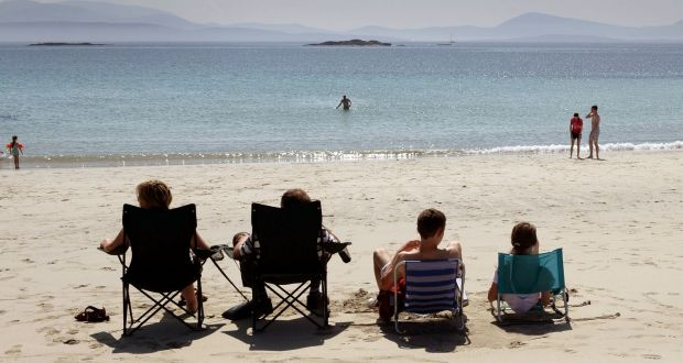 main-events-in-2018-a-year-in-review-look-back-at-2018-events-irelands-hottest-and-driest-summer-2018-addicted-to-everything-com